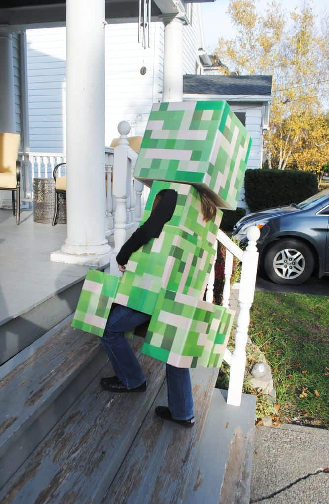 Telescoping Minecraft Creeper Costume halloween building 3