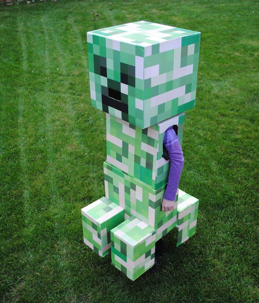 Telescoping Minecraft Creeper Costume halloween building