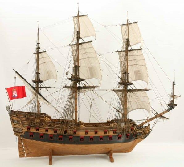 Wapen von Hamburg Full interior build  World DL minecraft building ideas sea ship boat sails 15