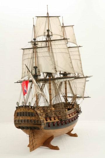 Wapen von Hamburg Full interior build  World DL minecraft building ideas sea ship boat sails 16