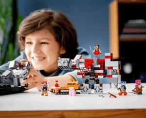 lego minecraft redstone battle